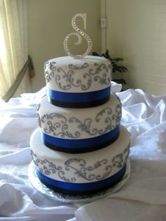 Blue White and Silver Wedding | gallery three tier white fondant round wedding cake white with blue ...