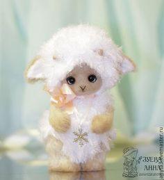 Овечка - вязанная игрушка - белый,бежевый,овечка тедди,овечка игрушка
