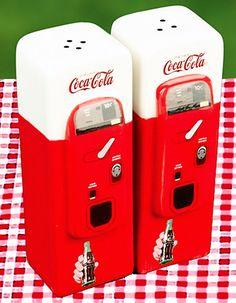 Coke cola - salt & pepper shaker