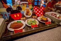 Queen of Hearts Banquet Hall Tokyo Disneyland Food Display