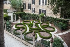 Photo Credit: Gately Williams. The formal garden was restored to the orginial circa 1818 designs.