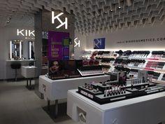 Mecapp: Kiko Milano - Bologna: Inaugurazione secondo Store...