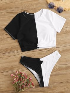Shein Two Tone Short Sleeve Twist 2 Piece Swimsuit Swimsuits For Teens, Tankini Swimsuits For Women, 2 Piece Swimsuits, Cute Swimsuits, Swimwear, One Piece Swimsuit For Teens, Bikini Outfits, Cute Bathing Suits, Beachwear For Women