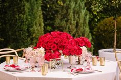 February is the month of the romantic red rose how do you share this vibrant symbol of love? Creative partners: Venue: @thefighouse   Photography: @brianleahyphoto   Coordination  Design: @roqueevents   Floral Design: @eddiezaratsian   Flowers  Greens: @bloomsbythebox   Bridal Gown: @jinzabridal   Bridesmaid Dresses: @yearofwhite   Tuxedo: @friartux   Hair  Makeup: @face_it_sugar   Videographer: @sassermotion   Models: Bride: @lindsay.hundley of @bellaagency   Groom: @barretlewis   PR…
