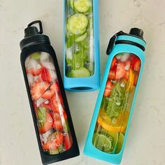 Glass Water Bottle, Glass Bottles, Voss Bottle, 3 Compartment Food Containers, Baby Food Containers, Running Motivation, Motivation Quotes, Herbal Remedies, Health Remedies