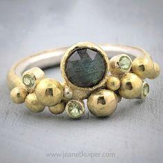 Resin Jewelry, Stone Jewelry, Jewelry Rings, Jewelery, Jewelry Accessories, Jewelry Design, Jewelry Showcases, Contemporary Jewellery, Luxury Jewelry