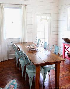 Cottage Decor Ideas. Coastal Cottage Decor Ideas. #CoastalInteriors #CoastalDecor #TurquoiseInteriors Via House of Turquoise.  Designed by Jane Coslick.