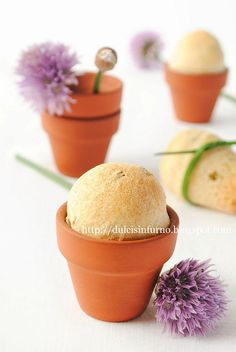 Panini all'Erba Cipollina nei Vasetti di Terracotta-Flower Pot Chive Bread
