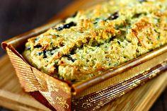 Kabaklı peynirli kek ile yılbaşı masalarına selamlarımızı iletiyoruz.