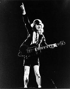 Angus (AC-DC)