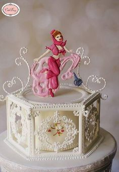 So happy to be a part of this amazing collaboration where i chose to do a female genie.Its all Royal icing piping. Thanks for looking xx Royal Icing Piping, Royal Icing Cakes, Royal Icing Sugar, Satin Ice Fondant, Beautiful Cakes, Amazing Cakes, Pipe Decor, Icing Techniques, Mothers Day Cake