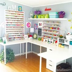 Craft and sewing room - Sewing / Craft room organization - . - Craft and sewing room – Sewing / Craft room organization – # Nähstube - Craft Room Tables, Craft Room Decor, Craft Room Design, Craft Room Storage, Home Decor, Arts And Crafts Storage, Ikea Decor, Craft Desk, Sewing Room Organization