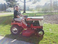 I think his tractor is... HOTTT! Simplicity Tractors, Lawn And Garden, Lawn Mower, Outdoor Power Equipment, Photo Galleries, Gardening, Lawn Edger, Grass Cutter, Garden Tools