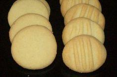 Helpot pikkuleivät - Makunautintoja Mimmin keittiöstä - Vuodatus.net Bread, Cheese, Baking, Breakfast, Desserts, Food, Kochen, Morning Coffee, Tailgate Desserts