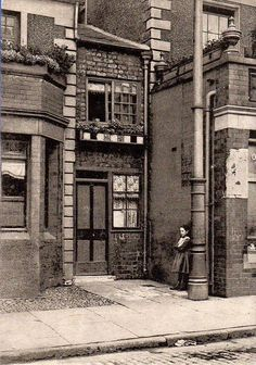 The High Street, Wavertree Liverpool Town, Liverpool History, Old Pictures, Old Photos, Antique Photos, Vintage Photos, Snapshot Photography, English Architecture, Modern Metropolis