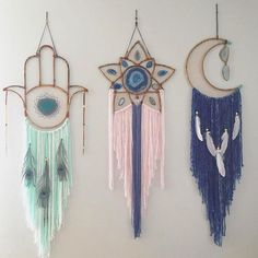 I'm so obsessed with @vintagerubia dreamcatcher creations  Double tap if you agree! ✨ . . . . . . . . #wallhanging #dreamcatcher #bohostyle #bohodecor #homedecor #spiritual #boho #bohemain #goodvibes #hippie #newage #gypsystyle #spiritjunkie #freespirit #metaphysical #highvibes #energy #moonchild #artists #smallbusiness #girlboss