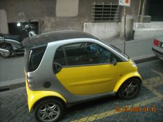 Smart cars are the cutest!