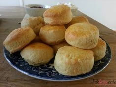 Engelse scones maak ik altijd met dit succesrecept van Paul Hollywood. Heerlijke voor bij een high tea met clotted cream en jam