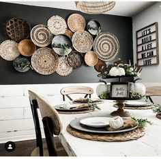 Home Interior Decoration .Home Interior Decoration Dark Accent Walls, Interior Decorating, Interior Design, Baskets On Wall, Home Decor Inspiration, Decor Ideas, Home And Living, Home Remodeling, Living Room Decor
