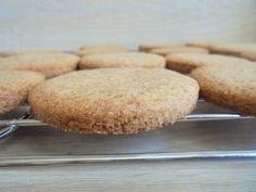 Sugar cookie - az amerikai keksz Hamburger, Bread, Cookies, Food, Crack Crackers, Brot, Biscuits, Essen, Baking