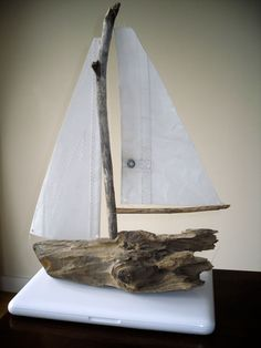 driftwood-boat2 would be cool at a beach house