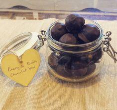 Energy Balls Chocolat Noir Energy Balls, Alex And Ani Charms, Chocolates, Dates, Food, Recipes