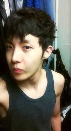 Foto 7 Member BTS Dulu dan Sekarang