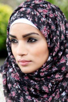 BLACK FUZION HIJAB  www.princessrockz.co.uk #hijab #princessrockz #hijabfashion