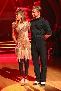 Amy Purdy and Derek Hough await their fate on #DWTS Season 18 Week 10 Finale (5/20/14)