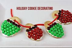 Make Christmas Cookies with M&Ms!  #Christmascookies #cookies #FoodieFiles Pin it to Save it!
