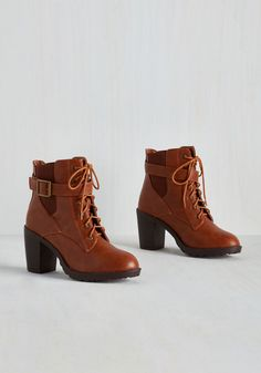 Intrepid Steppin' Bootie. Instead of leaving your destination up to chance, tie the laces of these chestnut brown booties and let your fearless fashion sense take the lead! #brown #modcloth