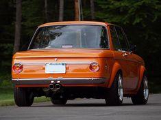 Bmw Electric Car, Bmw Vintage, Bmw E9, Bmw Motors, Bmw Classic Cars, Bmw 2002, Cabriolet, Custom Wheels, Bmw Cars