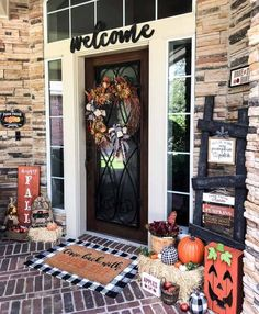 front porch has all the fall porch charm and none to spare!   TAG A FRIEND W. Farmhouse Front Porches, Farmhouse Homes, Farmhouse Style, Halloween Home Decor, Halloween Decorations, Fall Decorations, Outdoor Decorations, Happy Halloween, Potted Mums