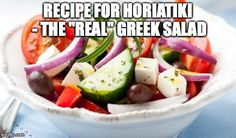 A traditional Greek salad recipe calls for nothing more than fresh vegetables, feta cheese, and a little olive oil. It's a simple and delicious salad! Healthy Dishes, Healthy Eating, Healthy Recipes, Feta, Greek Menu, Traditional Greek Salad, Greek Salad Recipes, Greek Olives, Greek Cooking