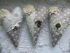 Валентинки - серый,бежевый,лен,кружево,сердце,сердечко,подвеска,подарок