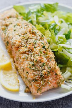Parmesan Crusted Salmon Baked Parmesan Crusted Salmon — Need dinner STAT? This salmon is cheesy, moist and SO delicious.Baked Parmesan Crusted Salmon — Need dinner STAT? This salmon is cheesy, moist and SO delicious. Parmesan Crusted Salmon, Oven Baked Salmon, Fish Dishes, Seafood Dishes, Seafood Recipes, Baking Recipes, Healthy Recipes, Delicious Recipes, Gastronomia