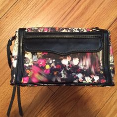 Rebecca Minkoff MAB Cosmetic Case Black Floral Rebecca Minkoff cosmetic case, barely used, black and teal leopard lining Rebecca Minkoff Bags Cosmetic Bags & Cases