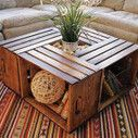 Coffee table made with recycled fruit boxes | DIY pallet furniture