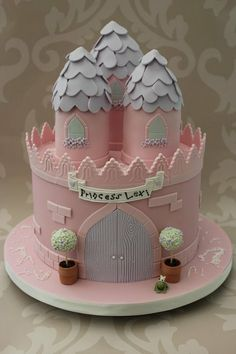 Princess Castle Cake.