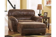 Canyon Frontier Oversized Chair View 1