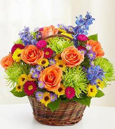 There's no better way to cheer up someone then a basket of #flowers!#MondayMotivation http://ow.ly/MRGx1