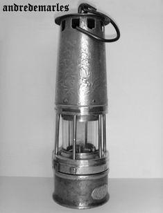 Lampe de mineur Wolf ou à essence  ( dite à benzine ) .