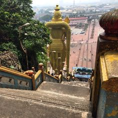 Long way down there :) Looking back down the stairs at Batu Caves. #upsticksandgo #batucaves #KL #kualalumpur #stairs #statues #hindugods #malaysia #travelgram #travelphotos #asia #michfrost | Flickr - Photo Sharing!