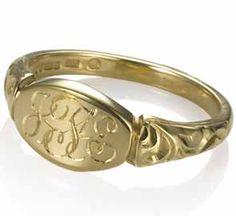 Women's Signet Ring