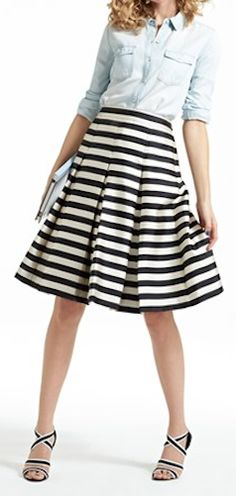 cute pleat midi skirt http://rstyle.me/n/gtis9pdpe