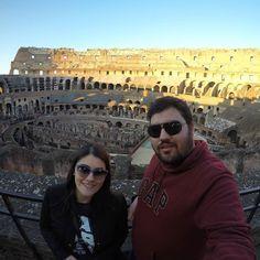 Estar dentro do Coliseu é incrível. #Rome #Roma #Italia #Italy #Travel #Viagem