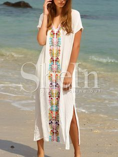 Shop White Placement Print Split Side Maxi Dress online. SheIn offers White Placement Print Split Side Maxi Dress & more to fit your fashionable needs.