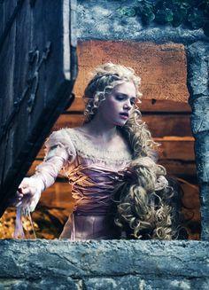 Rapunzel - Mackenzie Mauzy in Into the Woods (2014).