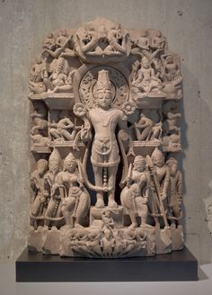 A compilation of priceless Hindu murthis which lay smuggled away in various museums across the globe. The murthis include some of the rarest & finest pieces which are not seen even in India. Indian Gods, Indian Art, Indian Temple Architecture, Asian Sculptures, Carnegie Museum Of Art, Bali, Asian Art Museum, Cleveland Museum Of Art, Hindu Art