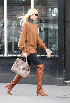 claudia schiffer, street style, boots, shoes